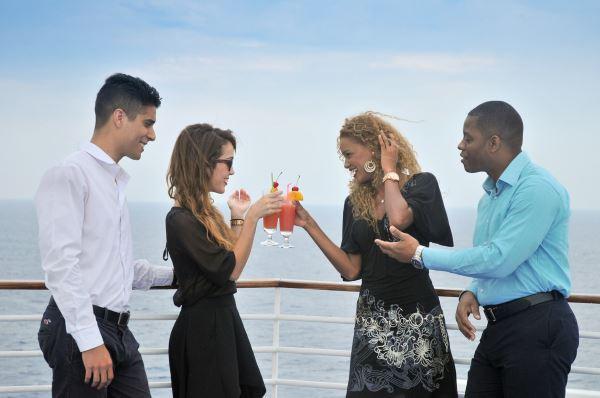 De copas en crucero
