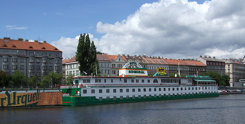 Boatel situado en Praga