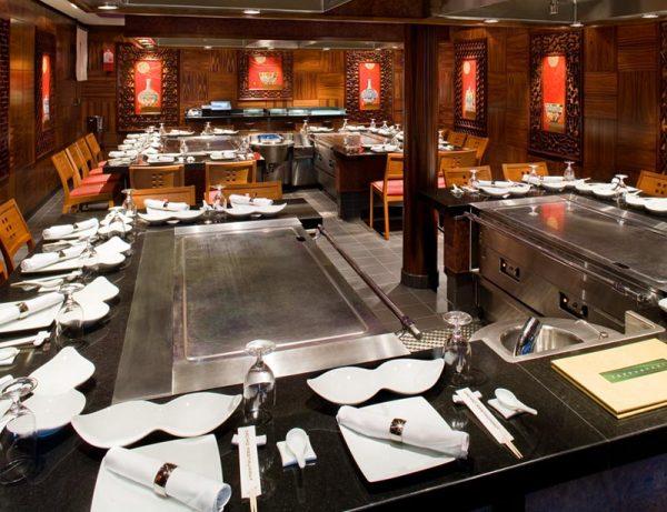 NCL Cruises: Restaurante Teppanyaki de NCL