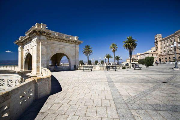 Bastión de Saint Remy en Cagliari