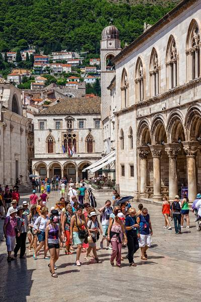 grupo_turistas_vayacruceros