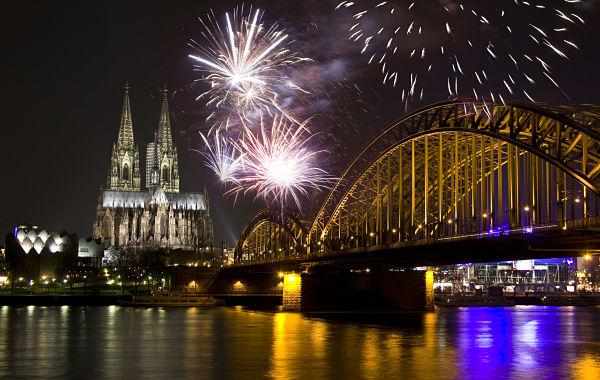 Fuegos artificiales en Colonia