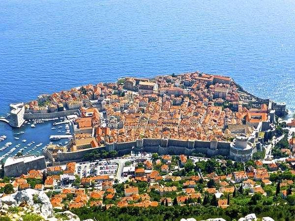 Dubrovnik vista aerea de sus murallas