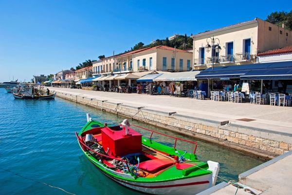 Puerto de Katakolon Grecia