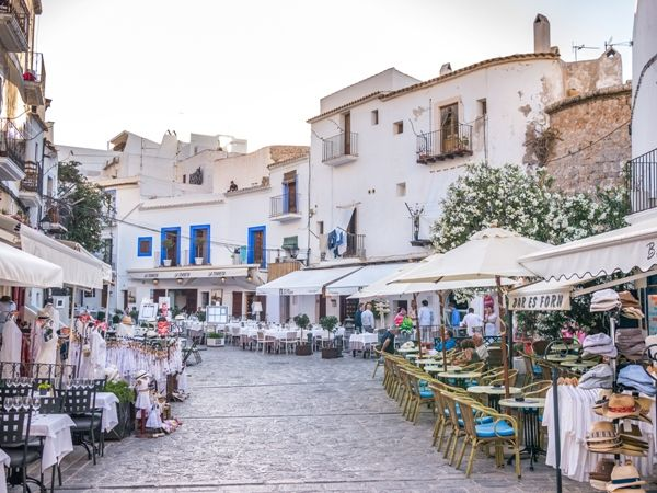 Dalt Vila calles en Ibiza