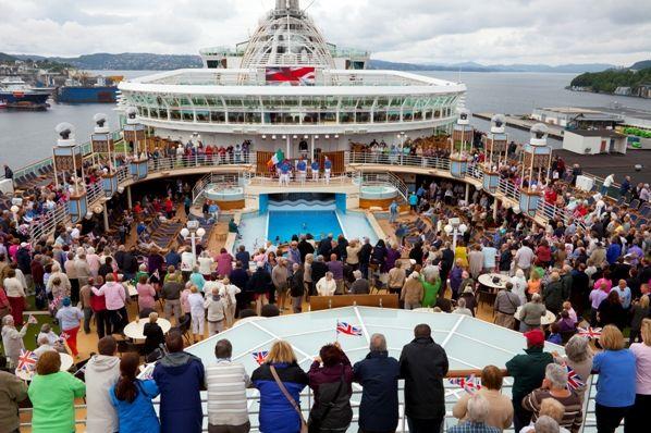 Fiesta en un crucero
