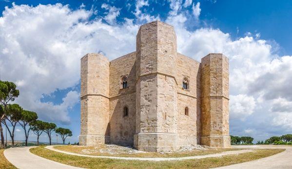 Castel del Monte desde Bari