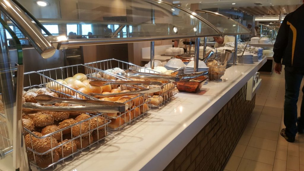 Buffet barco Norwegian Bliss