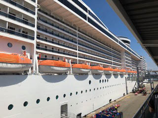 Barco MSC Fantasia
